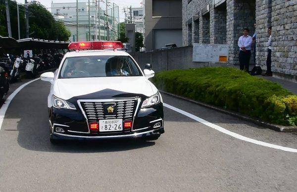 パトカーの新サイレンに「キュイーン」高知県警が試み