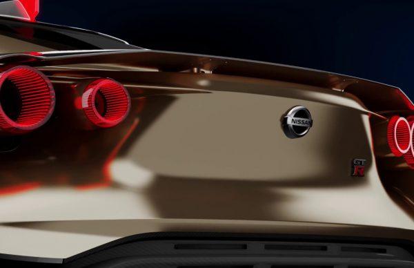 日産とイタリアのデザイン会社であるイタルデザインが共同開発したGT-R