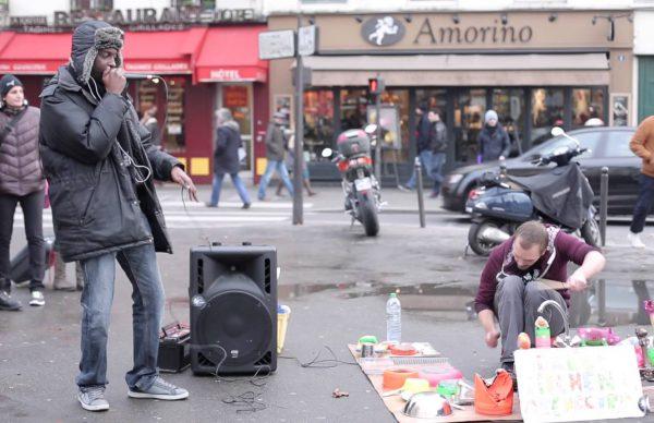 ストリートドラマーにビートボクサーが乱入