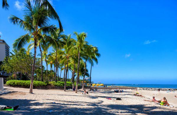 ハワイ全域25日から外出禁止令、事実上の閉鎖状態